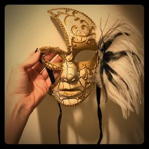 Accessories - Mardi Gras Ball mask